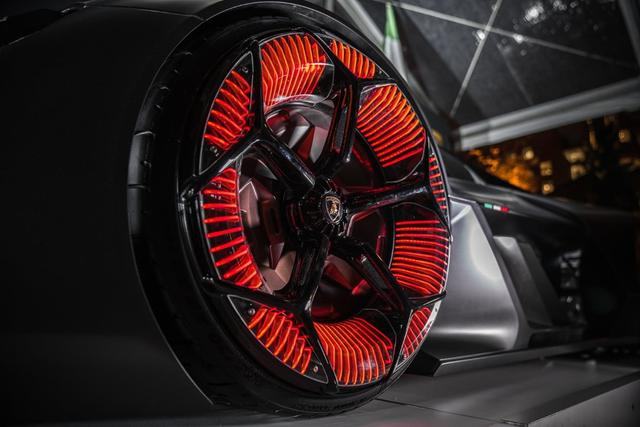 Lamborghini Terzo Millennio huglero.com