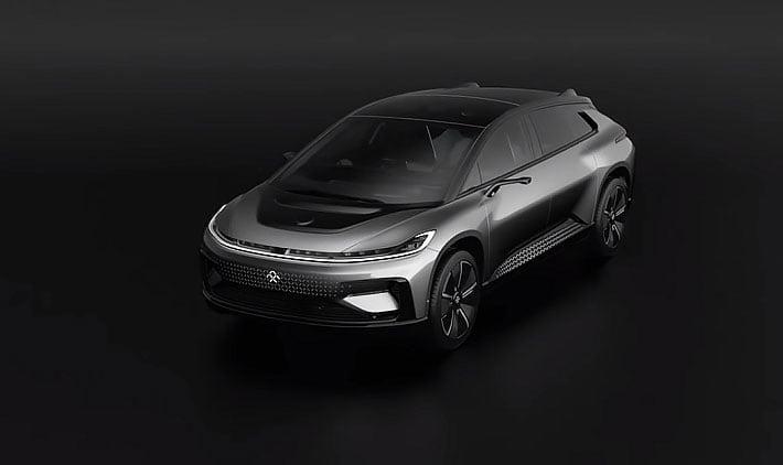 """Faraday future 7 1 https://huglero.com/faraday-future-muhtemelen-iflas-etti/ Elektrikli otomobil sektörünün boşluğunda büyük bir çıkış yakalayan Tesla'ya rakip olmak için, günümüzde bir çok yeni şirket gözünü karartıp işe girişmekte ve yatırımcı ve destek bulabilmek için, elektrikli otomobil pazarında pay sahibi olabilmek için, sarıldıkları ilk slogan """"Tesla'nın rakibi"""", """"Tesla katili"""" gibi cümleler olmakta."""
