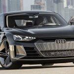 Audi e tron GT concept https://huglero.com/tag/android/ Geçtiğimiz haftalarda gerçekleşen 2018 Los Angeles Otomobil Fuarı bir çok markanın konsept modeline ev sahipliği yapmıştı. Konsept otomobiller izlemesi gerçekten çok hoş modeller olarak karşımıza çıkıyor. Üretici firmanın gelecekteki çizgisini ve üreteceği otomobiller hakkındaki fikirlerini bize anlatabilmesi açısından da farklı bir öneme sahip. Kimi konsept otomobiller insanlarda hayranlık uyandıran güzellikte ve etkileyicilikte olup, kısa zaman sonra üretime dönüşürken, kimileri de hayal kırıklığına uğratıp çok da fazla beğeni toplayamıyor.