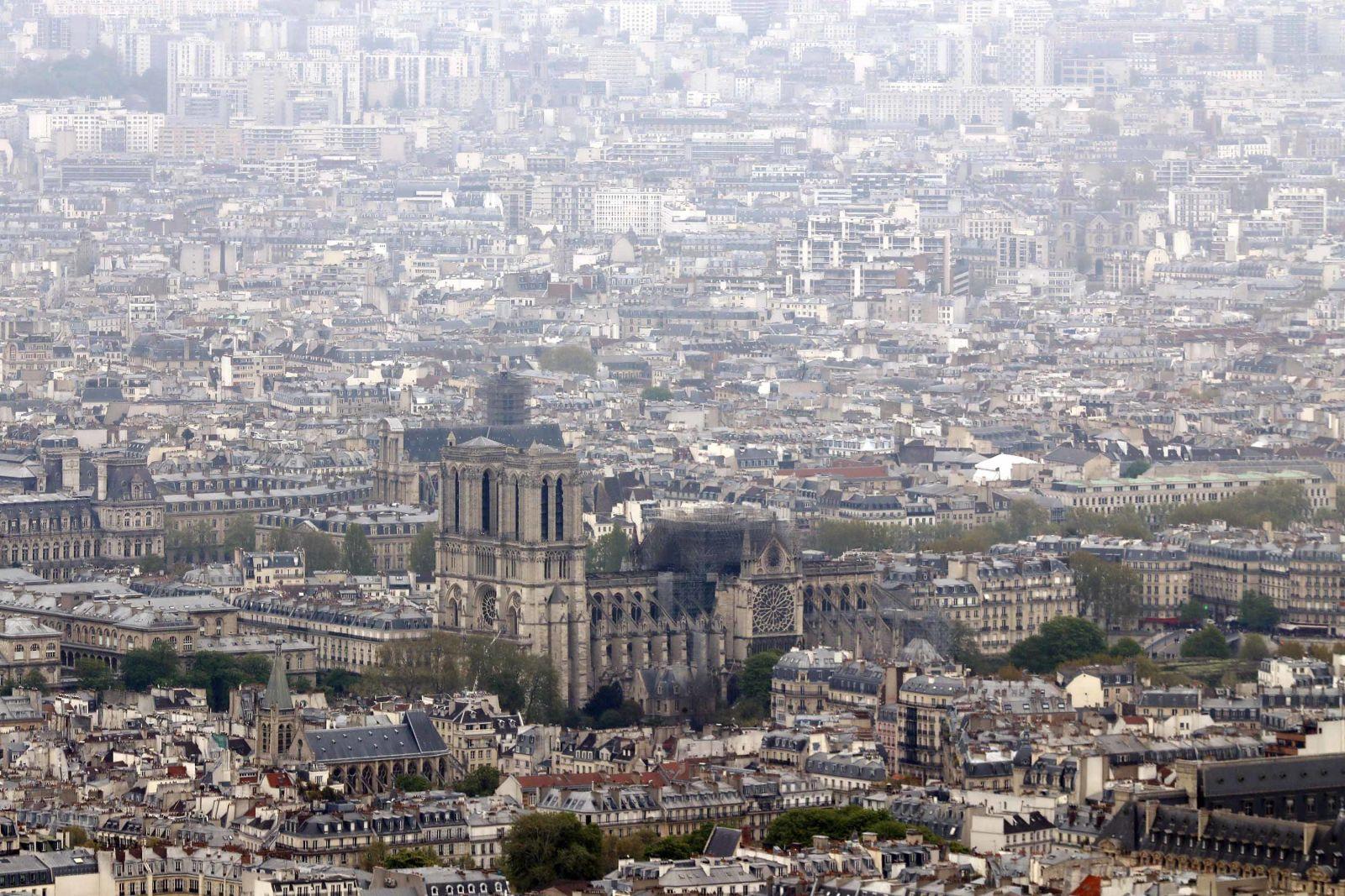notre-dame katedrali yangını söndürüldü mü https://huglero.com