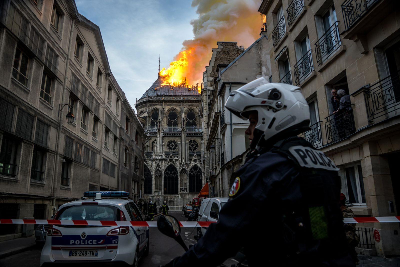 notredame katedrali büyüklüğü https://huglero.com