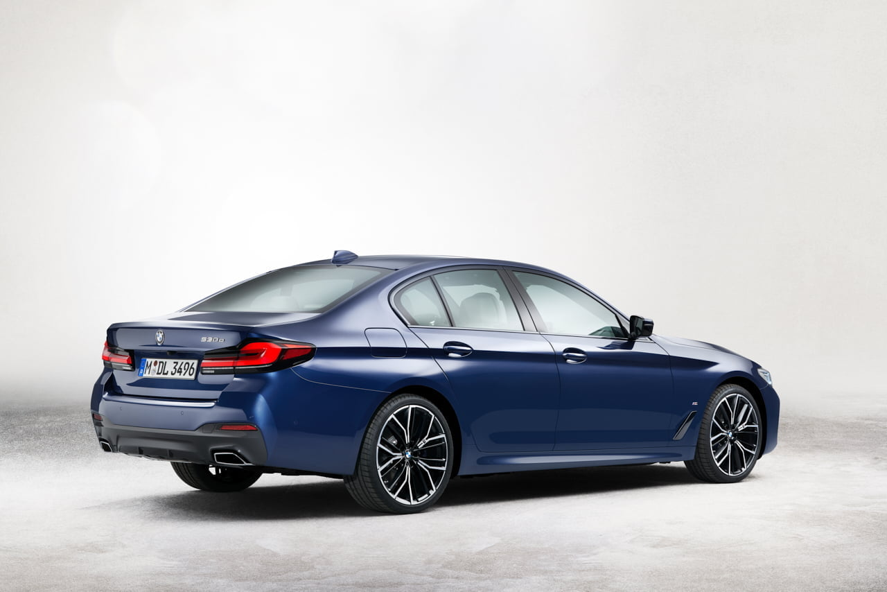 2021 BMW 530 hybrid taillights https://huglero.com