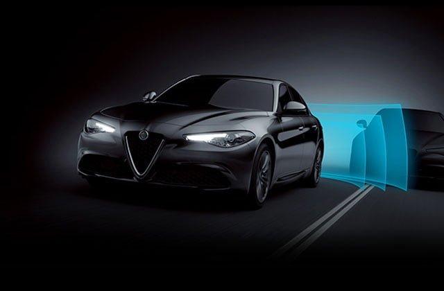 bağımsız süspansiyonlu araçlar- Alfo romeo Giulia Quadrifoglio https://huglero.com