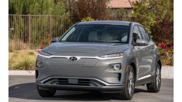hyundai elektrikli otomobil https://huglero.com/elektrikli-ucak-motoru-magni500-ilk-basarili-ucusu/ Hyundai, arızalı bir akü paketini değiştirmek için dünya çapında yaklaşık 82.000 elektrikli otomobilini geri çağırıyor.