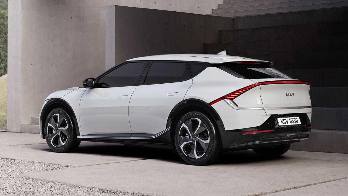 Kia ev6 elektrikli otomobil arka tasarımı https://huglero.com