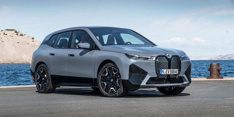 2022 BMW iX xDrive50 özellikleri ve fiyatı https://huglero.com