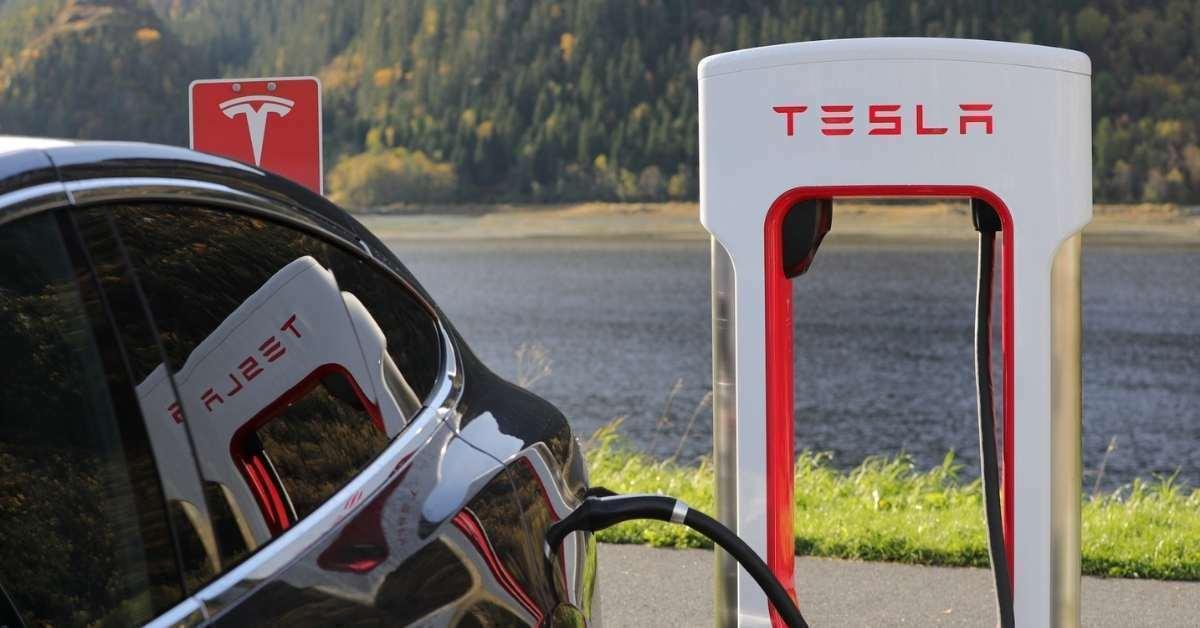 Elektrikli otomobiller tutulur mu? Elektrikli arabaların geleceği parlak mı? https://huglero.com