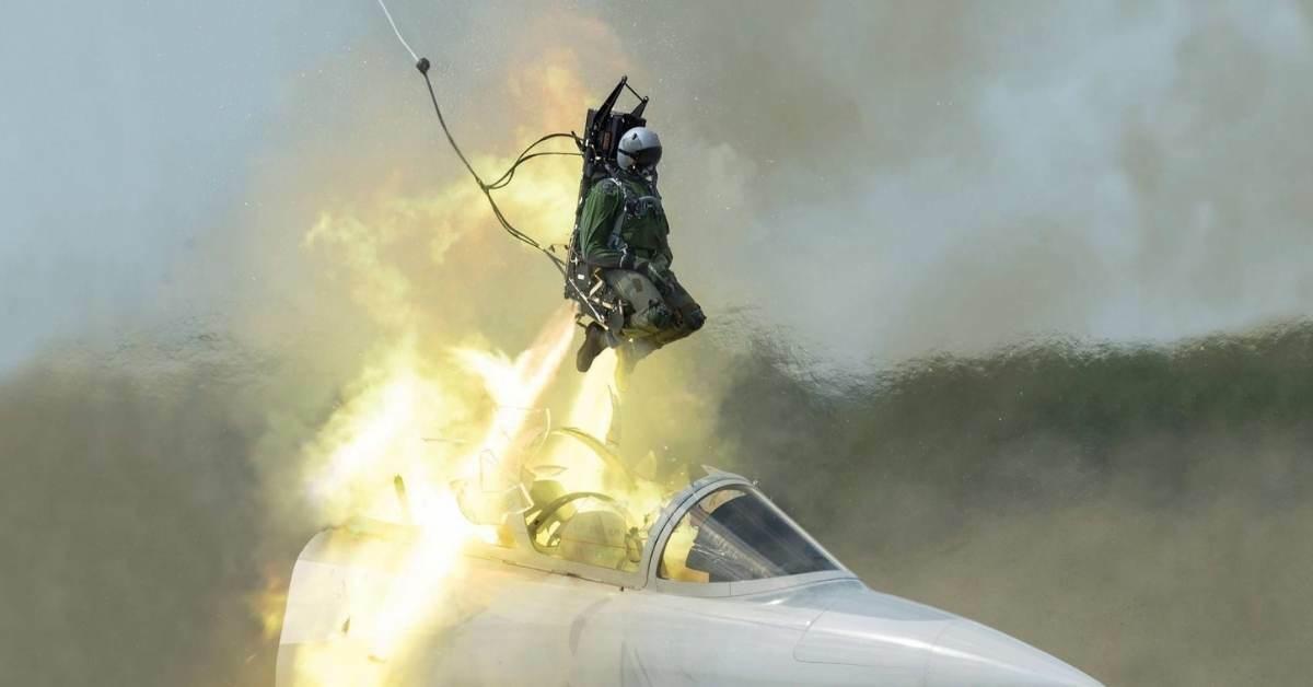 Fırlatma koltuğu tehlikeli mi - fırlatma koltuğu nasıl çalışır? https://huglero.com